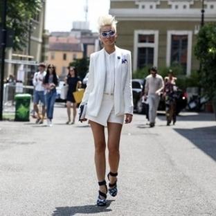 Baştan Aşağı Beyaz Giyme Sanatı