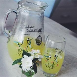 Buz gibi soğuk limonata içen?