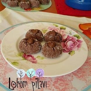 Çikolata Soslu Elmas Kurabiye