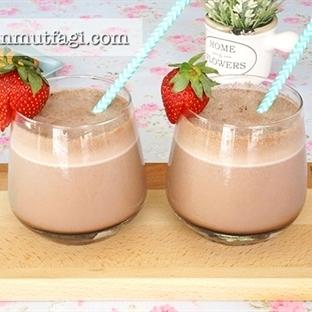 Çikolatalı Milkshake (Videolu Tarif)
