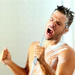 Duşta Şarkı Söylemenin Faydalarına İnanamayacaksın