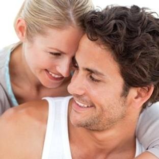 Düzenli Cinsel Hayat Kalp Krizi Riskini Azaltıyor