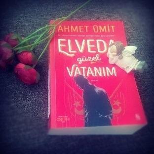 Elveda Güzel Vatanım okurken...