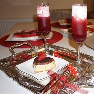 Evde Romantik Yemek