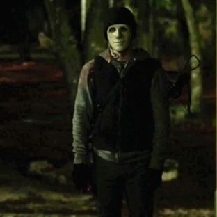 Hush (2016) Soğuk Bir Gerilim Filmi