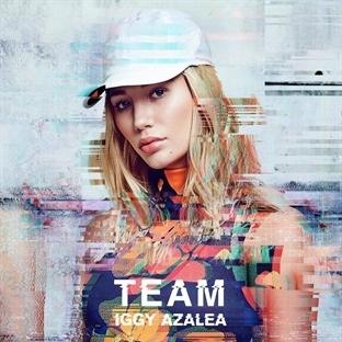 """Iggy Azalea yeni klibi """"Team"""" ile geri döndü!"""