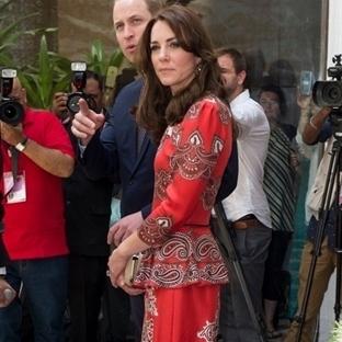 Kate Middleton: Alexander McQueen Peplum Elbise