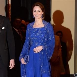Kate Middleton: Jenny Packham Mavi Elbise