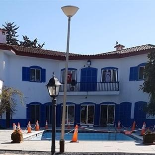 <span>Kıbrıs'ın Gizemli</span><br /><span>Evi: Mavi Köşk</span><br />
