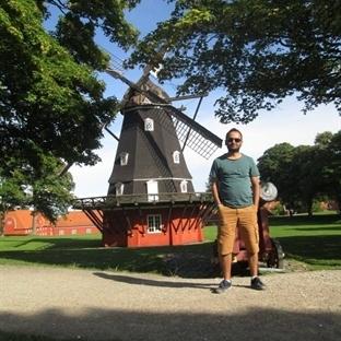 Deniz Kızlarına Dokunuş: Kopenhag-Danimarka
