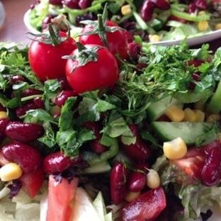 Lezzetli ve Pratik Meksika Salatası Tarifi