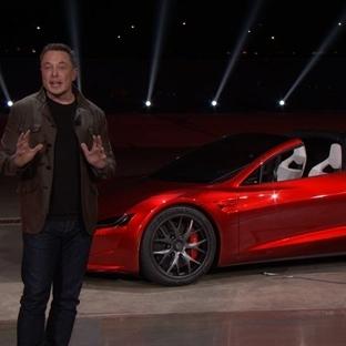 Yeni Tesla Roadster 100 km/s'e 1.9 sn'de Çıkacak!