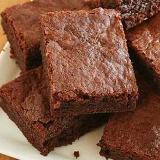 3 Malzemeli Çikolatalı Kek Tarifi