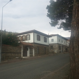 Ege'li Şirin Köy: Birgi ve Lidya'lıların Sardes'i