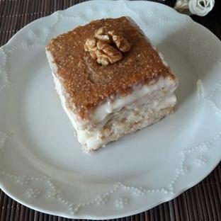 Hurmalı Bisküvi Pastası