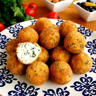 Kahvaltılık Lor Peyniri Kızartması Tarifi