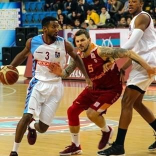 Galatasaray Trabzon'dan Kayıpsız Dönüyor
