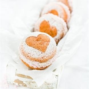 Marzipan Whoopie Pies - Liebe auf die Hand!