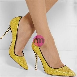 Stiletto Ayakkabı Giyme Sanatı