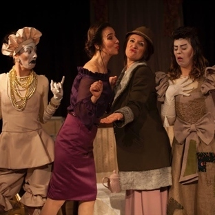 Atölye Tiyatrosu Sunar: Kadınlar & Kadınlar