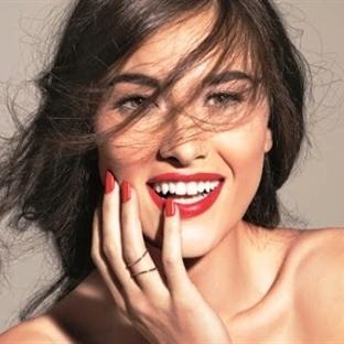 Türk Kadınları Süresi Geçen Kozmetik Ürünleri Kull