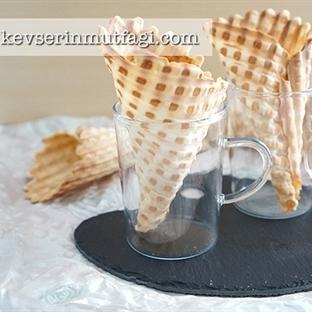 Tost Makinesinde Dondurma Külahı Tarifi
