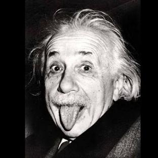 Einstein'in Dil Çıkardığı Fotoğrafının Hikayesi