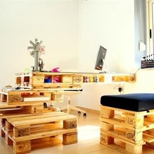 Palet Ofis Masası Dekorasyonu