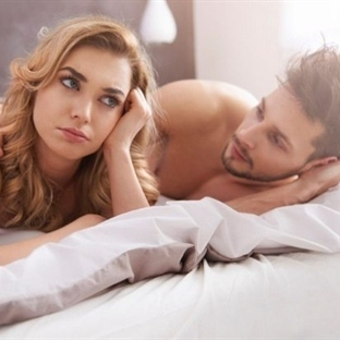 Tatmin olmayan eşler, ihanet etmeye meyilli