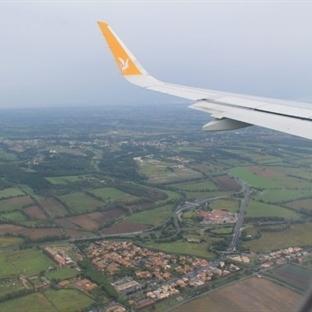Bebekle Uçak Yolculuğunu Kolaylaştıracak Öneriler