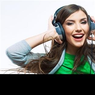 Çalışırken Müzik Dinlenir mi?