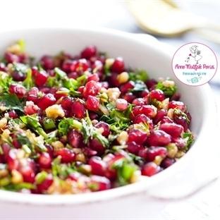 Cevizli Nar Salatası