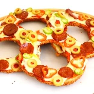 Kolay Simit Pizza Tarifi