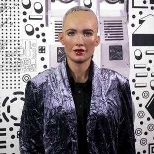 İnsansı Robot Sophia Türkiye'ye Geliyor