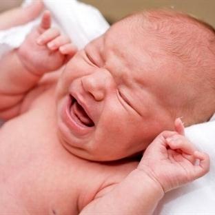 Yeni Doğan Bebeğin Biberonla Beslenmesi