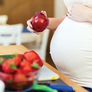 Gebelik döneminde tüketilmesi gereken besinler