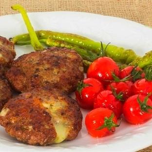 Kaşar Peynirli Köfte Tarifi