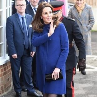 Kate Middleton: Goat Ellory Manto