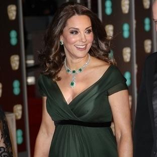 Kate Middleton: Jenny Packham Yeşil Elbise