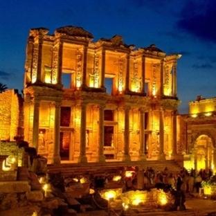İzmir'de Gezilip Görülmesi Gereken Yerler