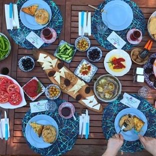 Bozcaada'da Kahvaltı Nerede Yenir?