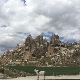 Güzel Atlar Ülkesi (Kapadokya)