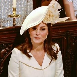 Kate Middleton düğünde neden bu elbiseyi giydi?