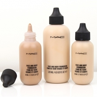 MAC Studio Face & Body Fondöten
