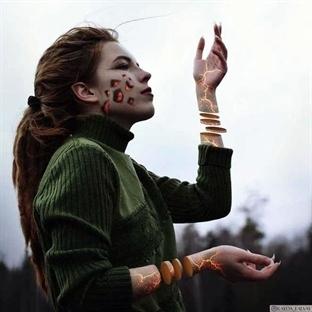 19 Yaşında Bir Sanatcı: Alexandra Chertulova!