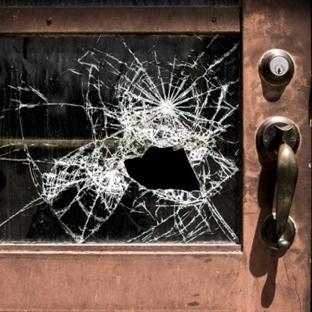 Kırık Pencere 2|Ali Eren Demir