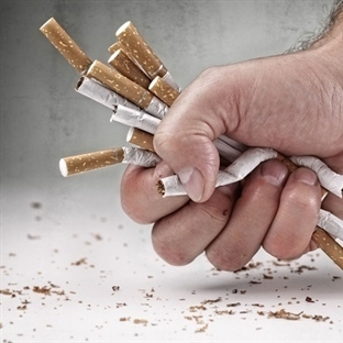 Bizi öldüren sigaraya her gün para veriyoruz