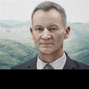 Banka Şubesinde Dijital Bir Klon: Daniel Kalt