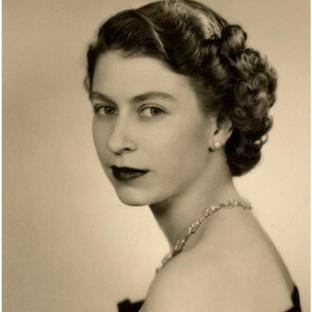 Koca bir Tarih: Kraliçe Elizabeth