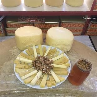 Kars'ta Kaşar ve Gravyer Peyniri Nereden Alınır?